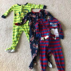 Babies R Us bundle of 3 12m footed pajamas